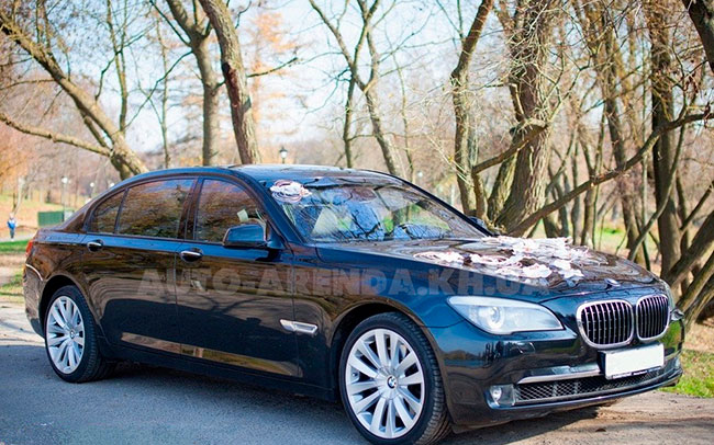 Аренда BMW 7 F02 на свадьбу Харків