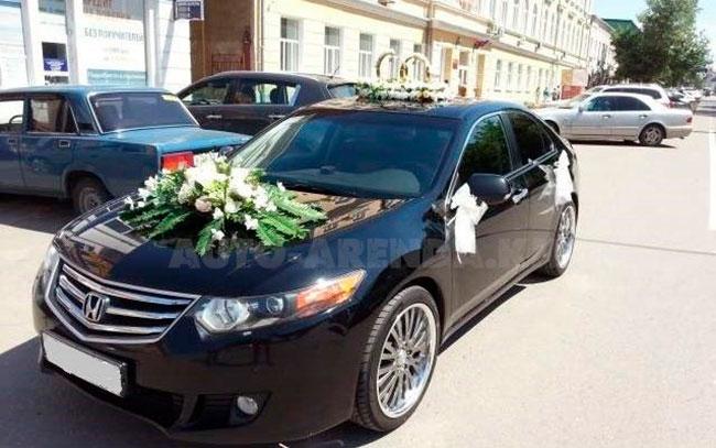 Аренда Honda Accord на свадьбу Харків