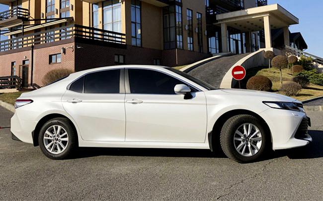 Аренда Toyota Camry 70 на свадьбу Харьков