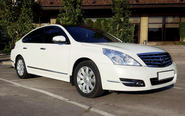 Аренда Nissan Teana на свадьбу Харьков