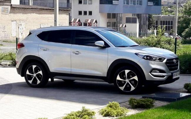 Аренда Hyundai Tucson TL на свадьбу Харьков