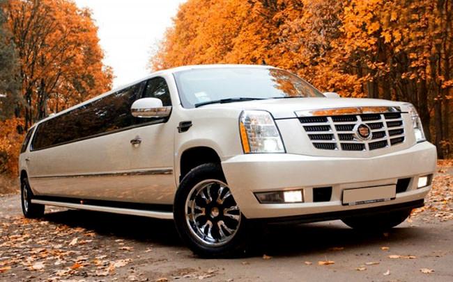 Лимузин Cadillac Escalade