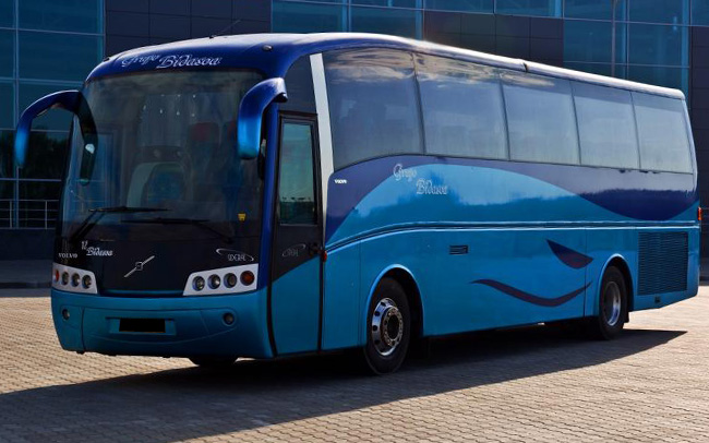 Аренда Автобус Volvo B12 на свадьбу Харьков