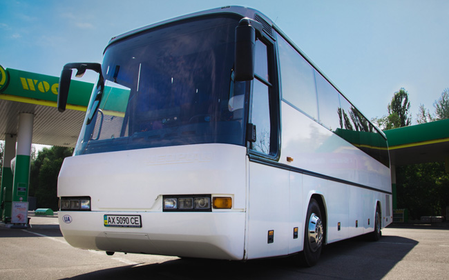 Аренда Автобус Neoplan 316 SHD на свадьбу Харьков