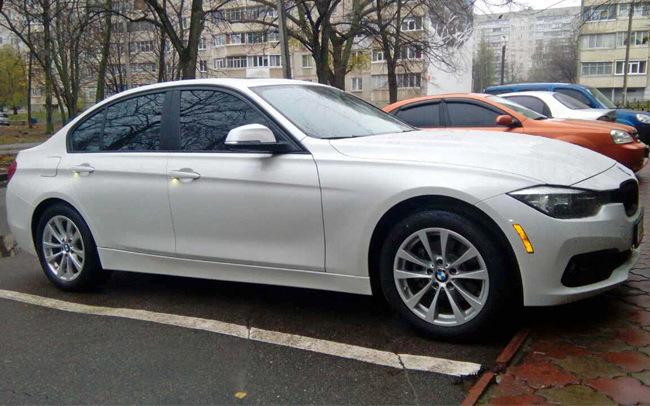 Аренда BMW 320 на свадьбу Харьков